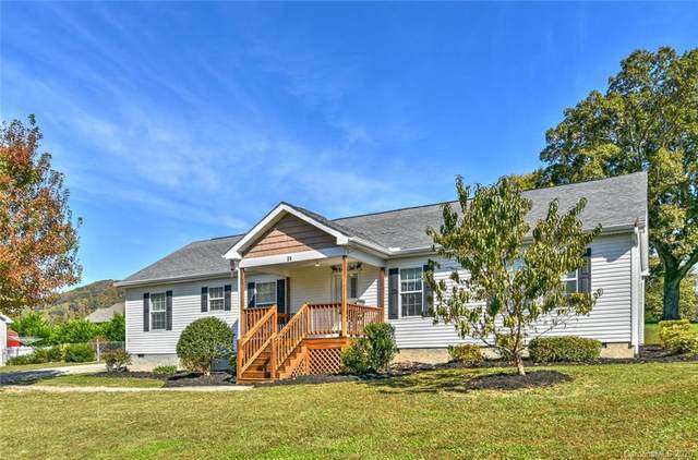 24 Dried Apple Lane, Hendersonville, NC 28792 (#3674589) :: Puma & Associates Realty Inc.