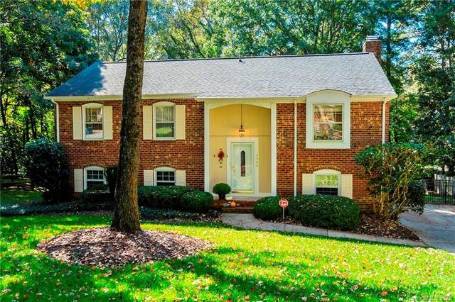 9346 New Towne Drive, Matthews, NC 28105 (#3674679) :: LePage Johnson Realty Group, LLC