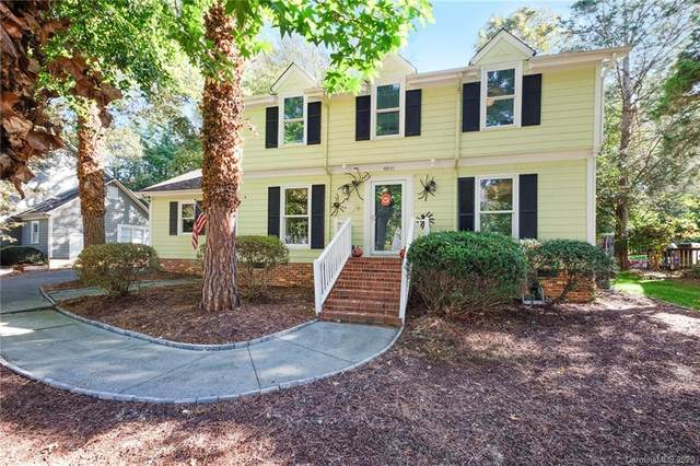 10111 Hanover Hollow Drive, Charlotte, NC 28210 (#3674964) :: The Mitchell Team