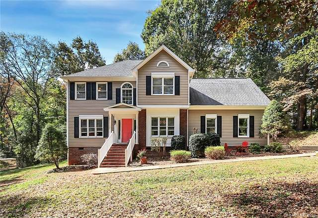 1735 Double Oaks Road, Fort Mill, SC 29715 (#3675241) :: The Premier Team at RE/MAX Executive Realty