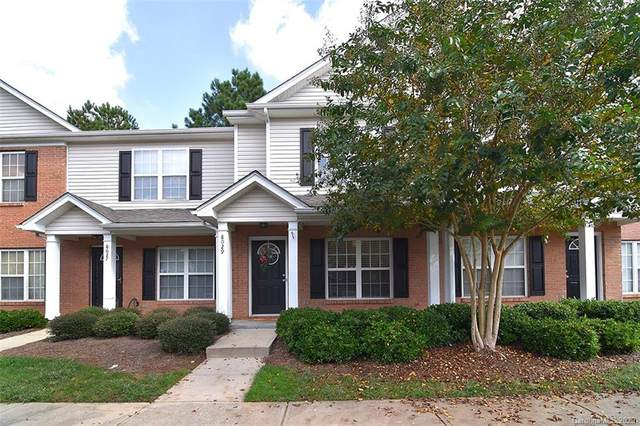 8029 Stoneham Court, Matthews, NC 28105 (#3675254) :: Homes with Keeley | RE/MAX Executive