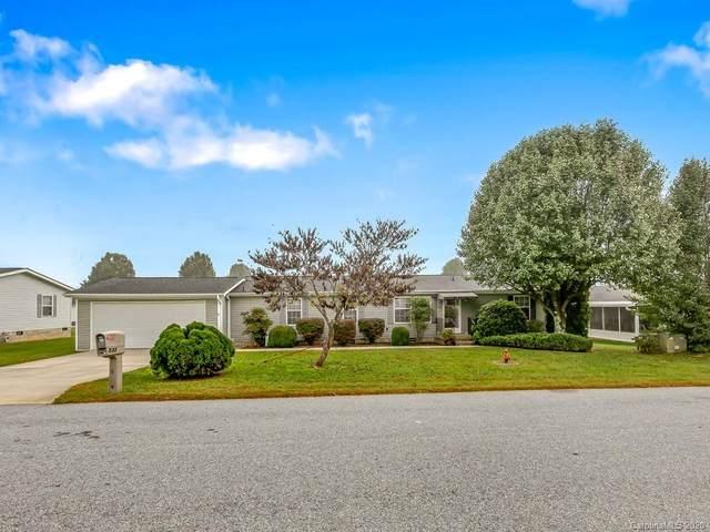 533 Riverwind Drive, Hendersonville, NC 28739 (#3675402) :: Robert Greene Real Estate, Inc.