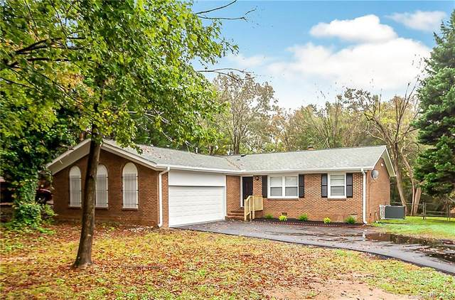 7115 Crossridge Road, Charlotte, NC 28214 (#3676462) :: Exit Realty Vistas