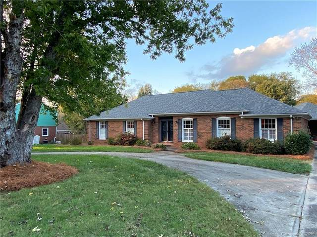 4223 Pepperidge Drive, Charlotte, NC 28226 (#3676869) :: LePage Johnson Realty Group, LLC