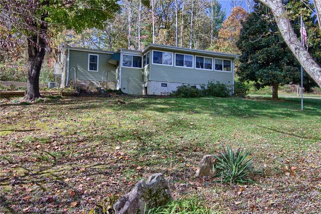 108 Nature Drive, Hendersonville, NC 28792 (#3676993) :: DK Professionals Realty Lake Lure Inc.