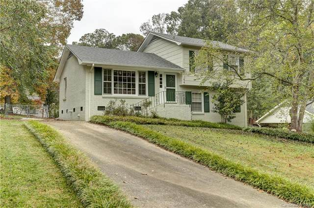 313 Clearbrook Road, Matthews, NC 28105 (#3677126) :: BluAxis Realty