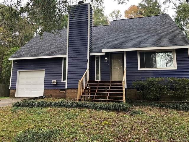 7705 Oak Canyon Lane, Charlotte, NC 28227 (#3677452) :: www.debrasellscarolinas.com