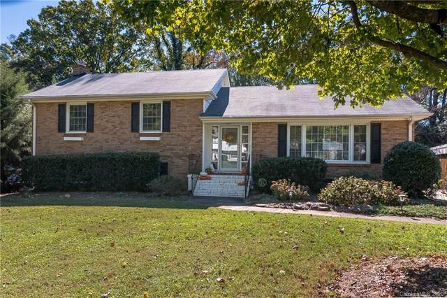 1730 Delchester Drive, Charlotte, NC 28210 (#3678167) :: The Mitchell Team