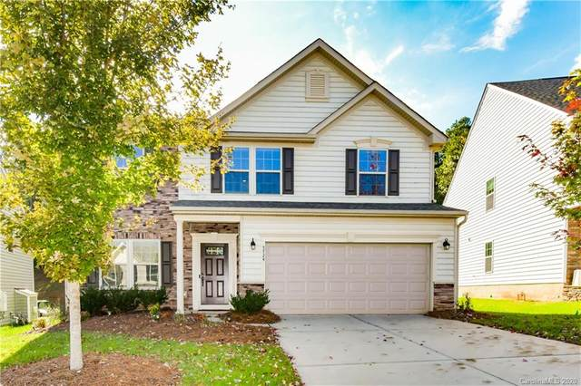5724 Selkirkshire Road, Charlotte, NC 28278 (#3678273) :: Homes Charlotte