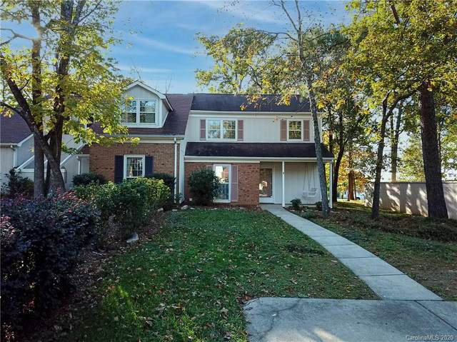 11108 Silkwood Court, Charlotte, NC 28226 (#3679113) :: Rowena Patton's All-Star Powerhouse