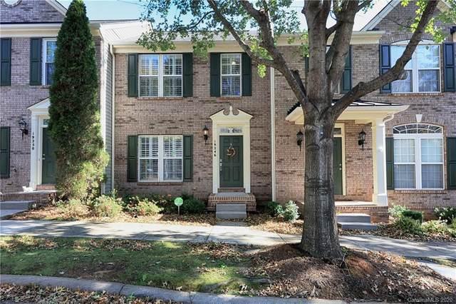 19246 Lake Norman Cove Drive, Cornelius, NC 28031 (#3679392) :: Homes with Keeley | RE/MAX Executive
