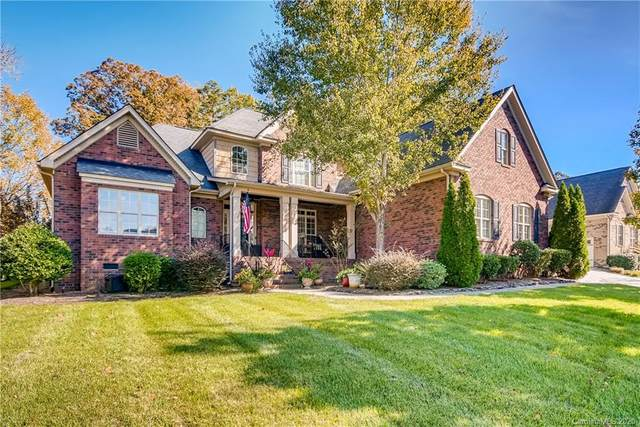 2002 Stonehill Lane, Matthews, NC 28104 (#3680070) :: Puma & Associates Realty Inc.