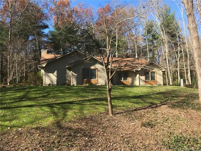 409 Hidden Woods Lane, Hendersonville, NC 28791 (#3682451) :: Keller Williams Professionals