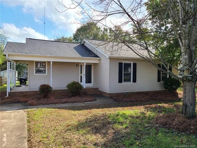 3541 Farm Lake Drive, Concord, NC 28027 (#3682982) :: Carver Pressley, REALTORS®