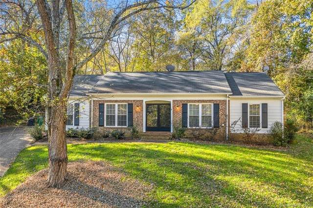 2700 Creekbed Lane, Charlotte, NC 28210 (MLS #3683118) :: RE/MAX Journey