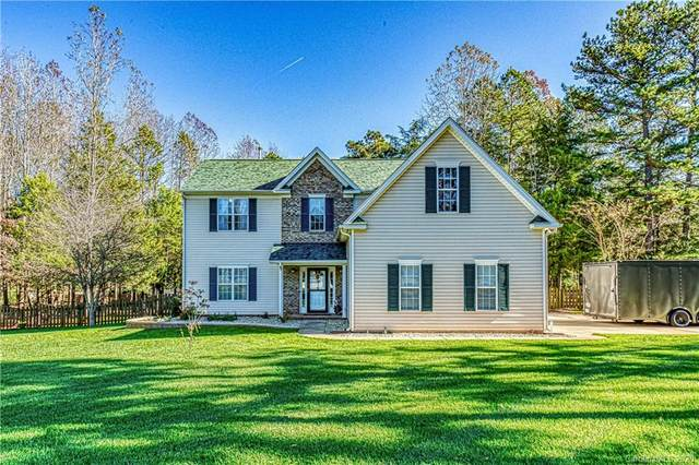 9106 Dogwood Ridge Drive, Charlotte, NC 28227 (#3684899) :: Ann Rudd Group