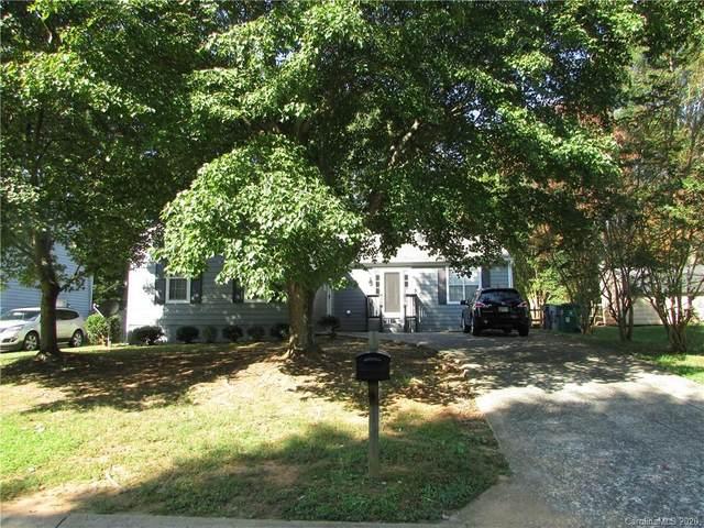 6025 Black Bear Court, Charlotte, NC 28214 (#3685010) :: Odell Realty
