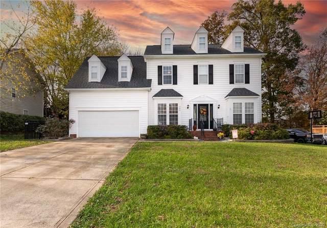 240 Pond View Lane, Fort Mill, SC 29715 (#3685290) :: MartinGroup Properties
