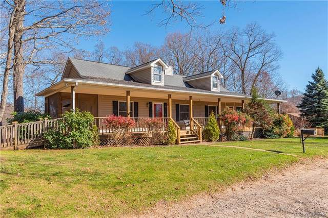 38 Downey Drive, Waynesville, NC 28786 (#3685400) :: Johnson Property Group - Keller Williams