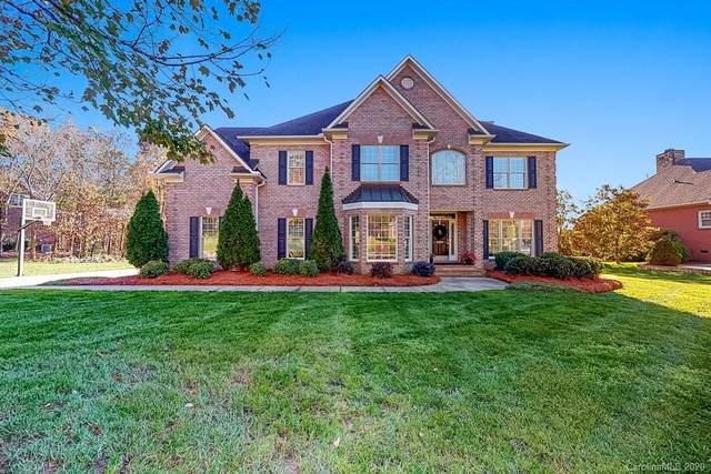 6619 Fox Ridge Circle, Davidson, NC 28036 (#3685519) :: Besecker Homes Team