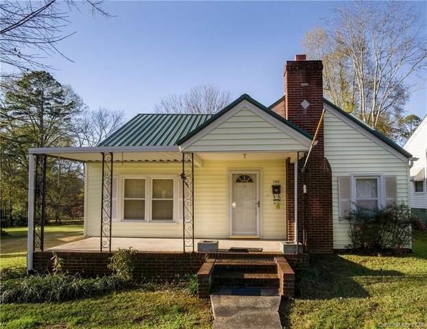 1102 N Jackson Street, Salisbury, NC 28144 (#3685528) :: Johnson Property Group - Keller Williams