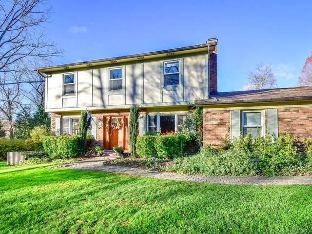 11 Oakshire Lane, Hendersonville, NC 28739 (#3685812) :: Miller Realty Group