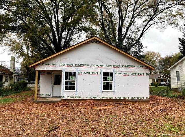 2546 Hemphill Street, Charlotte, NC 28208 (#3686316) :: Willow Oak, REALTORS®