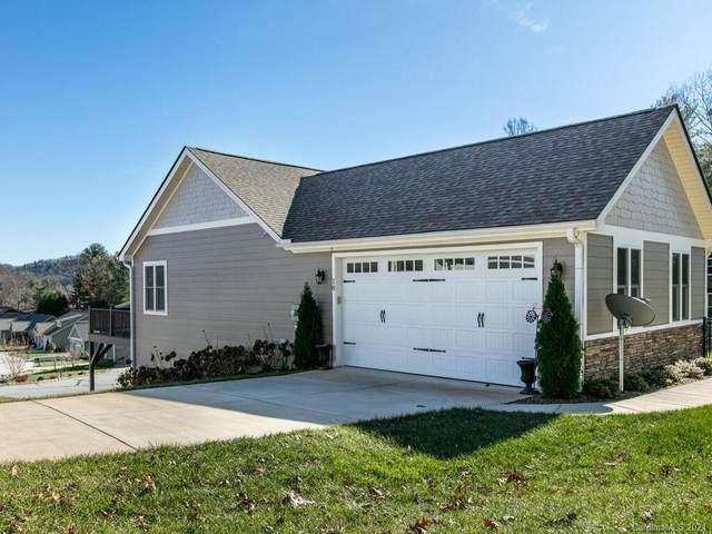 18 Hardie Court #142, Hendersonville, NC 28792 (#3686492) :: Robert Greene Real Estate, Inc.
