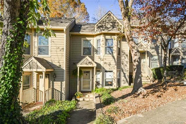 13820 Queens Harbor Road Unit B, Charlotte, NC 28278 (#3686538) :: Carlyle Properties