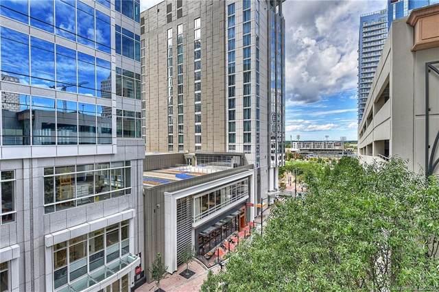 230 S Tryon Street #411, Charlotte, NC 28202 (#3686801) :: Austin Barnett Realty, LLC