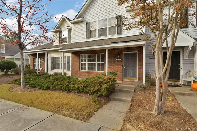 17109 Greenlawn Hills Court, Charlotte, NC 28213 (#3686845) :: The Mitchell Team