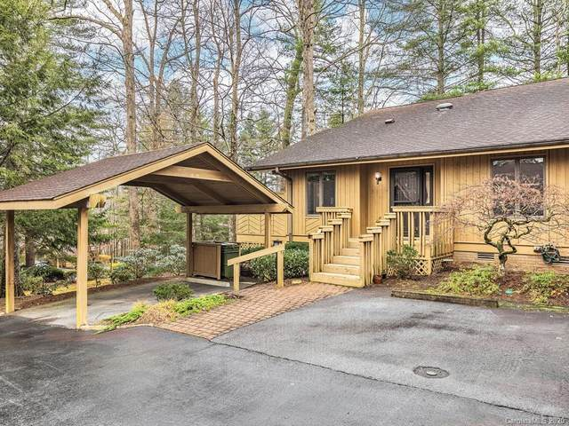 102 N Scarlet Oak Lane, Hendersonville, NC 28791 (#3687346) :: NC Mountain Brokers, LLC