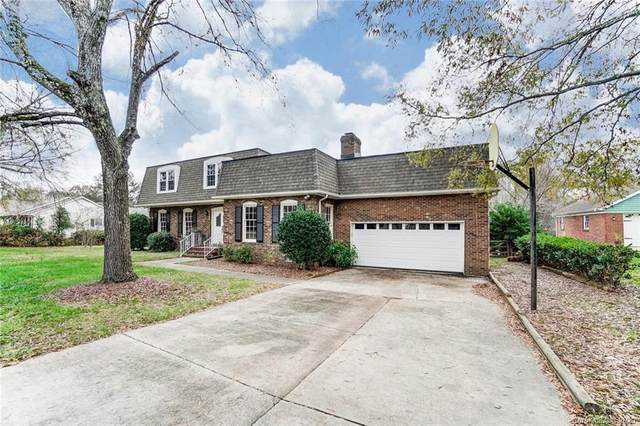 4201 Pepperidge Drive, Charlotte, NC 28226 (#3687997) :: Keller Williams South Park