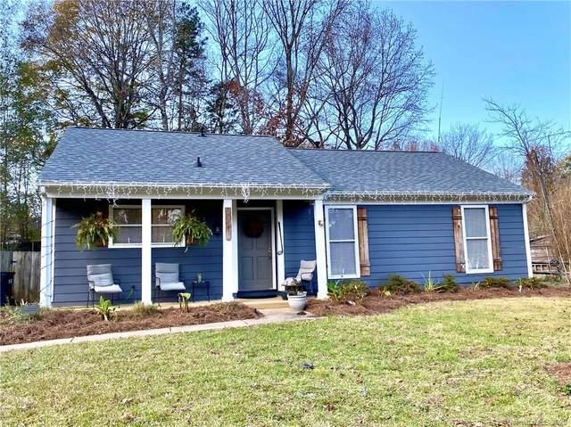 6512 Oak Hollow Drive, Charlotte, NC 28227 (#3688345) :: Ann Rudd Group