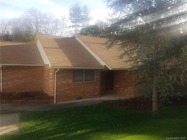 61 Town And Country Drive, Waynesville, NC 28786 (#3688446) :: NC Mountain Brokers, LLC