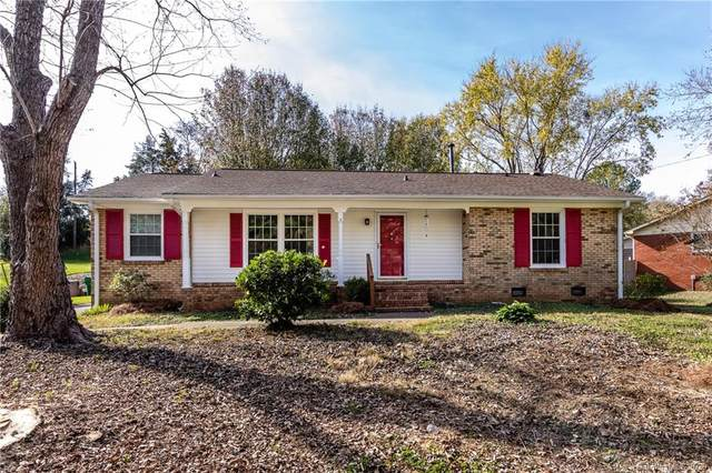 7200 Starvalley Drive, Charlotte, NC 28210 (#3688970) :: The Premier Team at RE/MAX Executive Realty