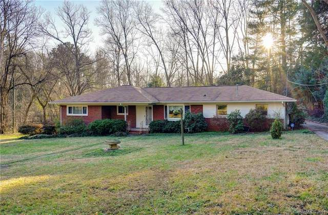 2424 Margaret Wallace Road, Matthews, NC 28105 (#3689016) :: Stephen Cooley Real Estate Group