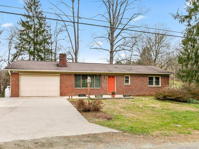 104 Twin Brook Drive, Hendersonville, NC 28791 (#3689227) :: Ann Rudd Group