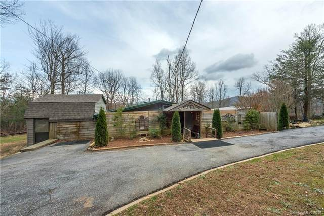 175 Mcmillan Drive, Hendersonville, NC 28792 (#3689532) :: LKN Elite Realty Group | eXp Realty