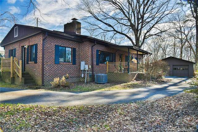200 Azalea Woods Drive 5, 6, & 7, Hendersonville, NC 28792 (#3690693) :: Miller Realty Group