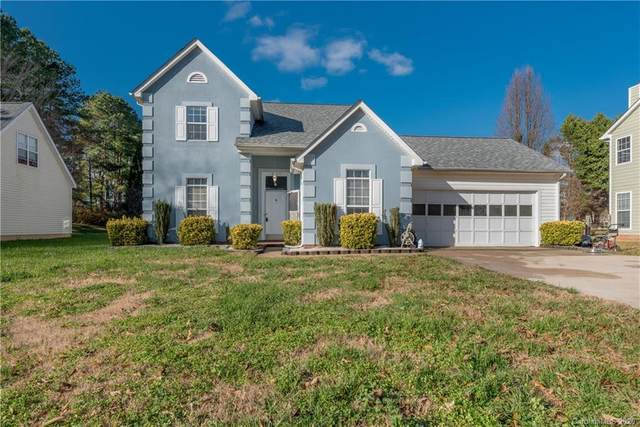 8305 Woodford Bridge Drive, Charlotte, NC 28216 (#3691902) :: LePage Johnson Realty Group, LLC