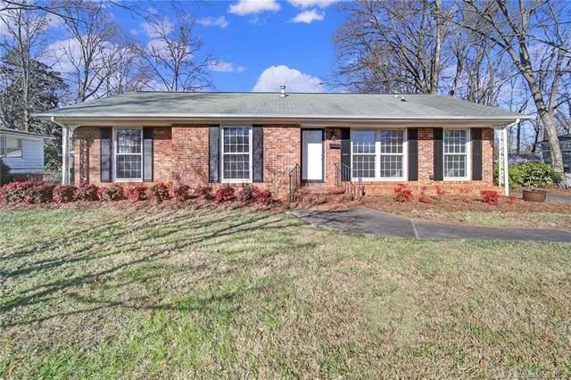 2227 Stonewood Drive, Charlotte, NC 28210 (#3691983) :: Willow Oak, REALTORS®
