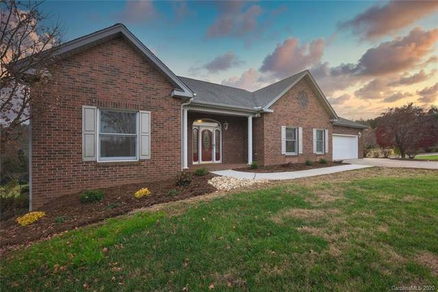 5771 Selkirk Drive, Hickory, NC 28601 (#3692198) :: Miller Realty Group