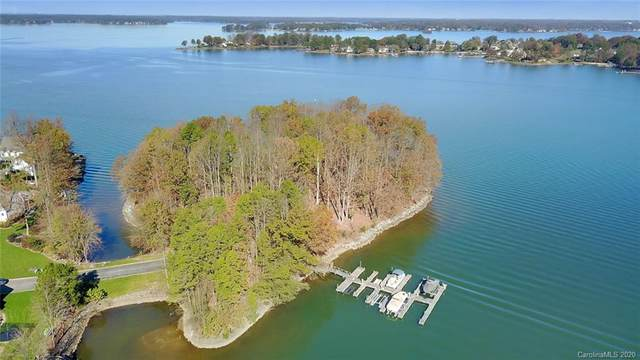 000 Regatta Island Drive, Cornelius, NC 28031 (#3692217) :: Carlyle Properties