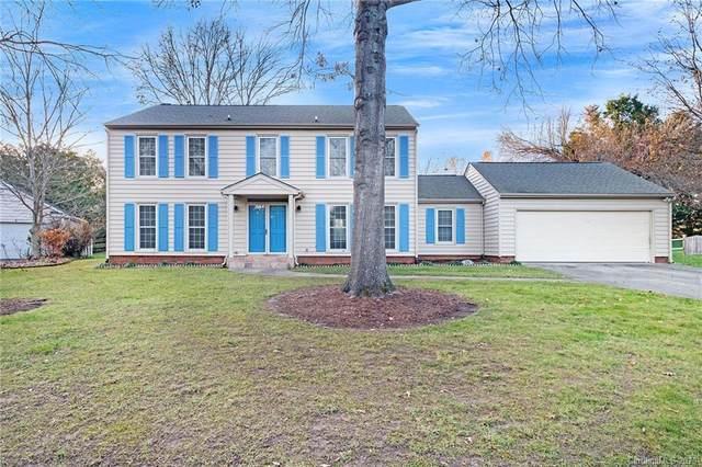 5736 Carmel Station Avenue, Charlotte, NC 28226 (#3693098) :: LePage Johnson Realty Group, LLC
