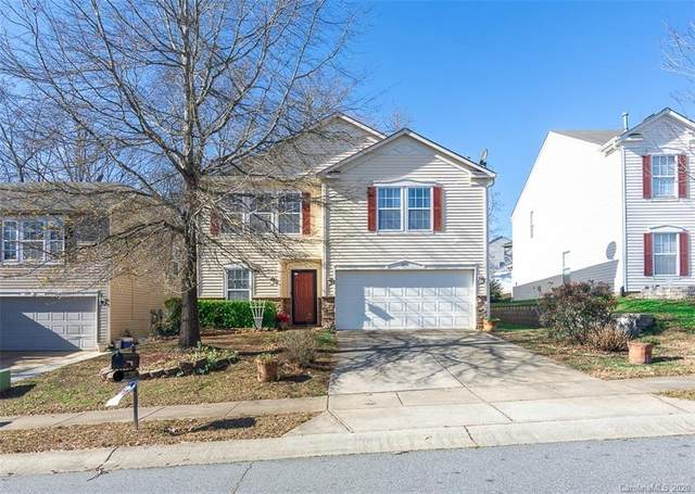 2910 Royal Fern Lane, Charlotte, NC 28215 (#3693185) :: Miller Realty Group