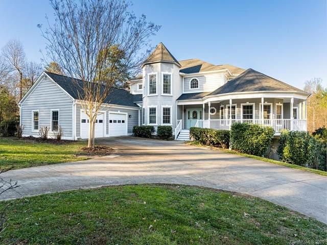 300 Benjamins Way, Hendersonville, NC 28792 (#3693251) :: Ann Rudd Group