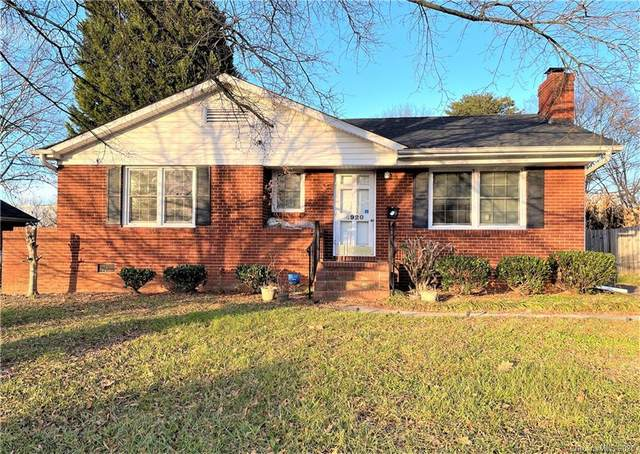 4920 Brooktree Drive, Charlotte, NC 28208 (#3694460) :: Keller Williams South Park