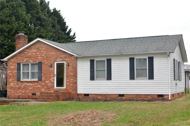 7428 Ponders End Lane, Charlotte, NC 28213 (#3695501) :: LePage Johnson Realty Group, LLC