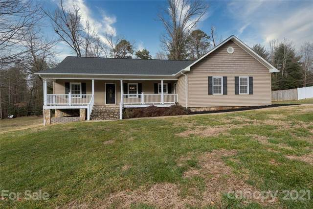 9409 Westridge Drive, Hickory, NC 28601 (#3696284) :: Home and Key Realty